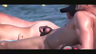 Stripped Beach - Horny Couples Public Exhiibitions