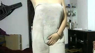 Indian Girlfriend After Shower Showing Herself Naked On
