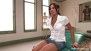 Exotic Babe Cums All Over A Fucking Machine