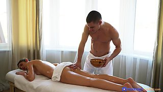 Skinny model Candice Demellza gives head during a massage and gets fucked