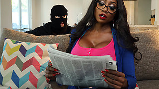 Brazzers – Undercover Step-Mother