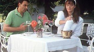 Italian hottie Moana Pozzi shows her goods