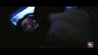 Aparna Bajpai as Desi Dulhan