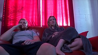 Petite Nympho Sister Tempts Step Brother - Riley Reyes - Family Therapy