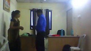 Indian mro fucks his lady pa office