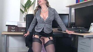 My boss is my mistress