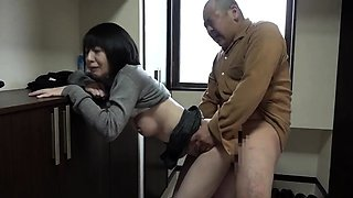Mature Oriental housewives having wild sex with their lovers