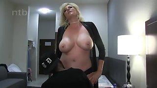 Classy blonde wife enjoys short bbc at