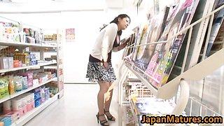 Ayane Asakura Asian MILF has public sex