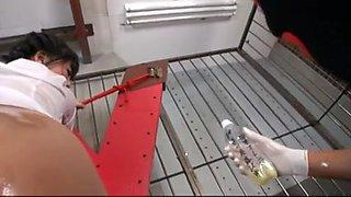 Uta Kohaku Gets 100 Bottles Of Semen From Fans