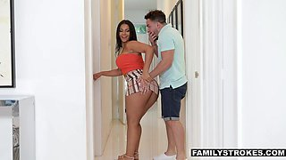 Super curvaceous Venezuelan step mom Rose Monroe offers herself in extremely mini skirt