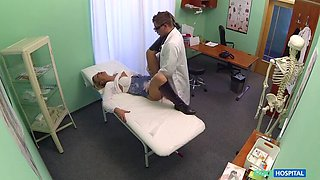 Lucky patient is seduced by nurse and doctor