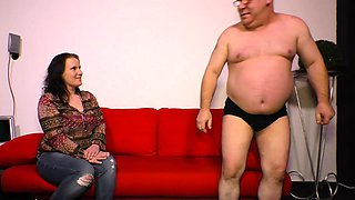 DEUTSCHLAND REPORT - German mature gets her pussy fucked