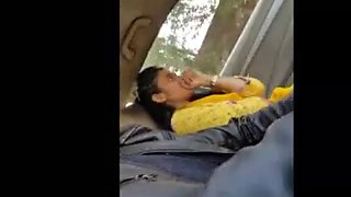 Pakistani girl gives blowjob in car