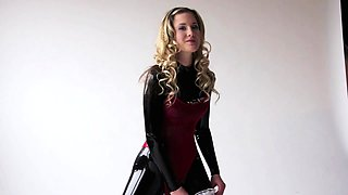 Porn latex movie with foot fetish and blonde mistress