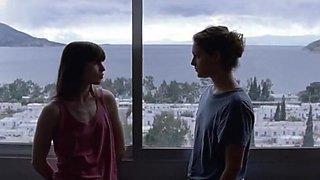 Ariane Labed,Evangelia Randou in Attenberg (2010)