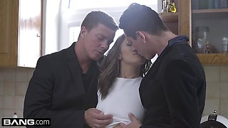 Glamkore Dominica Phoenix gets a Glamorous Double Fuck
