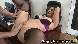 Jessica Bangkok & Will Powers in Naughty Office