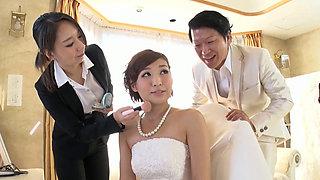 In The Bride's Make Room 2