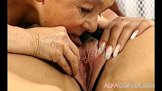 Oral Swing In The Bedroom