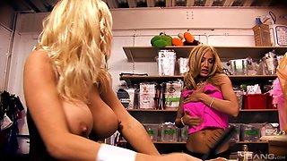 Large-titted Rita Faltoyano having wild lesbian sex nastily