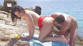 Hard lifeguard cock fucks her perfect pussy on the beach