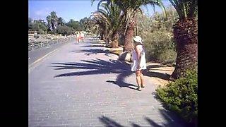 Maspalomas - a walk into the dunes