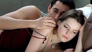 Roxane Mesquida in Sex Is Comedy (2002)