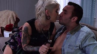 Tattooed emo wife gets her tight ass fucked