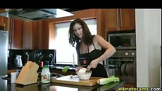 Hairy milf has a fun on the Webcam and masturbates